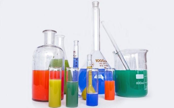 4 curiosidades sobre equipamentos de laboratório e como limpá-los