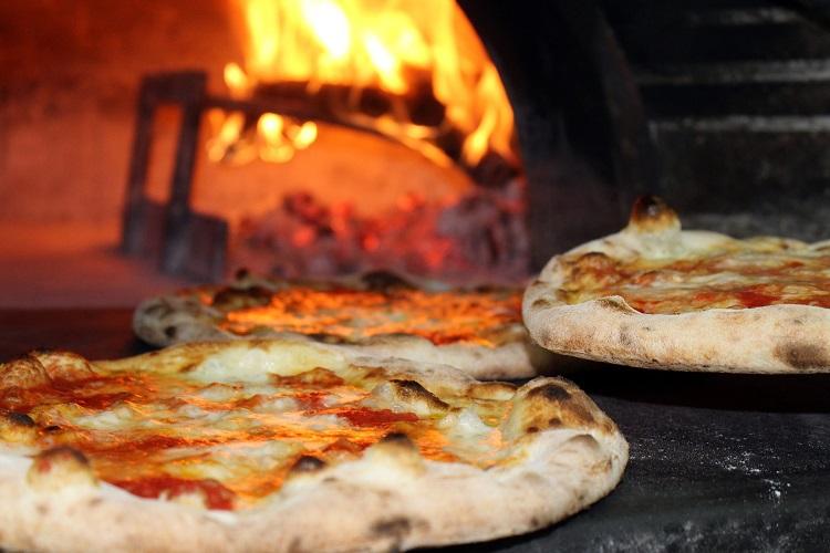 Higienização do forno de pizza é essencial para cumprir legislação